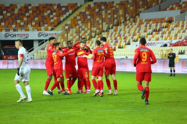 Süper Lig: Yeni Malatyaspor: 4 - Çaykur Rizespor: 1 (Maç sonucu)