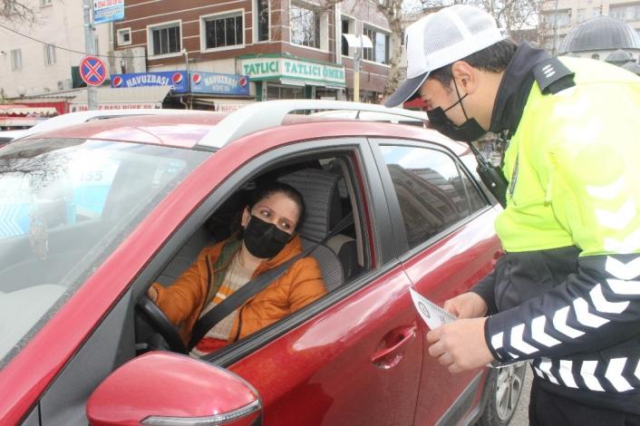 Trafik polisleri halkın güvenliği için iş başında