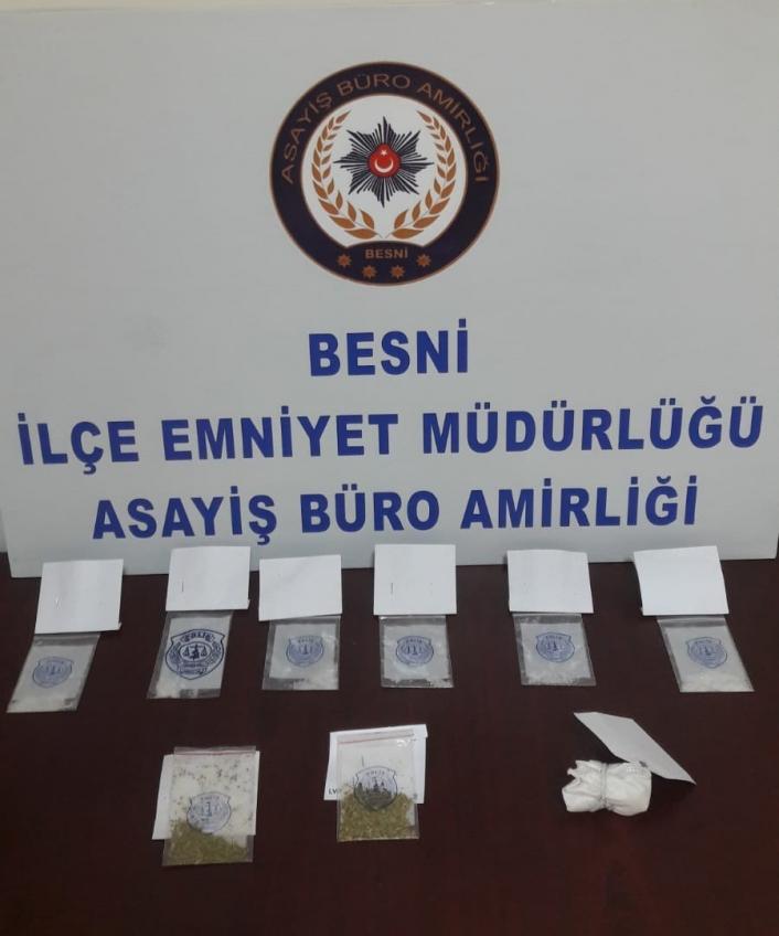 Uyuşturucuyla yakalanan 7 kişiden 1´i tutuklandı