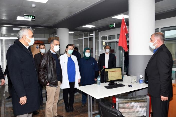 Vali Çuhadar filyasyon ekiplerinin çalışmalarını yerinde inceledi