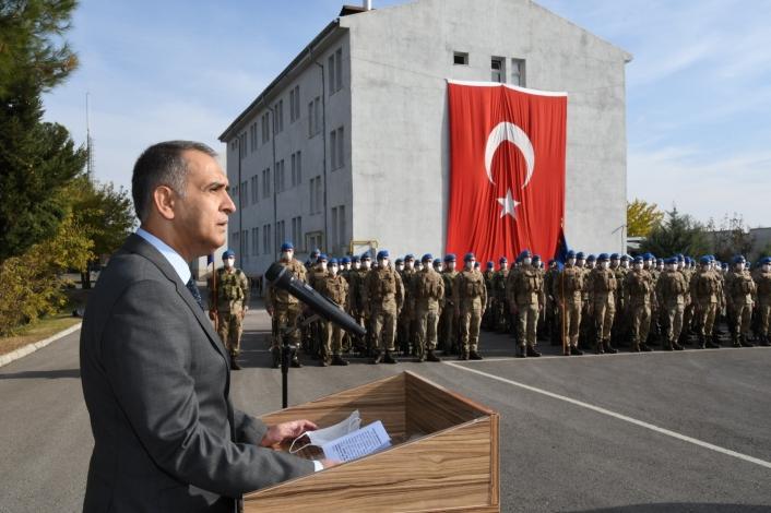 Vali Çuhadar, Jandarma´nın Kuruluş Yıldönümünü kutladı