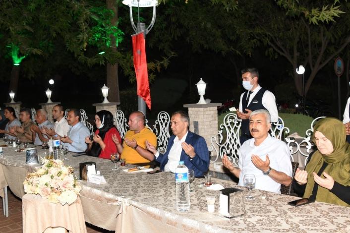 Vali Mahmut Çuhadar, 15 Temmuz gazileriyle buluştu