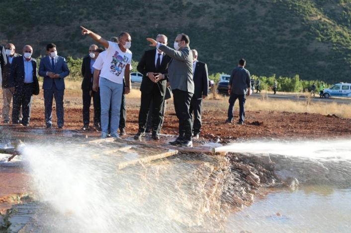 Vali Yırık, Karakoçan ilçesinde incelemelerde bulundu