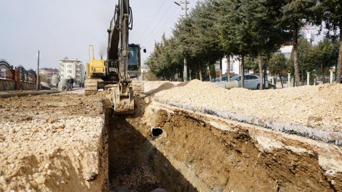 Yeni mahallede altyapı yenileme çalışmaları devam ediyor