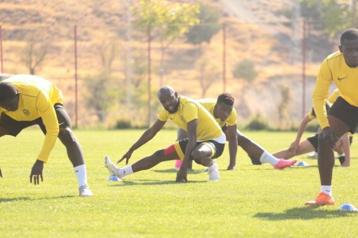 Yeni Malatyaspor´da Gençlerbirliği hazırlığı sürüyor