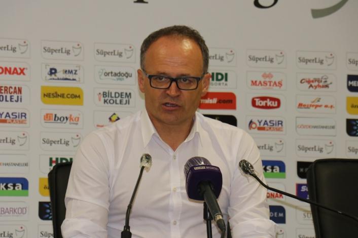 Yeni Malatyaspor, İrfan Buz´la 12 maçta 14 puan topladı