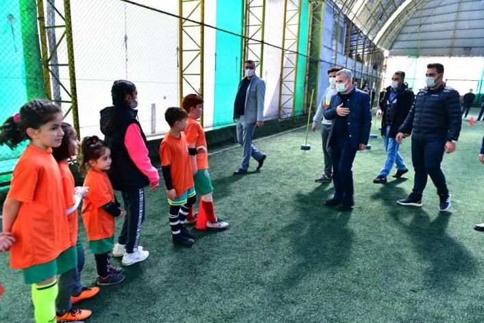 Yeşilyurt Belediyesi futbol okulunda geleceğin yıldızları yetişiyor