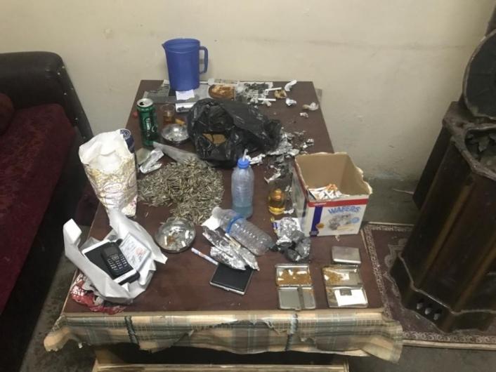 Yılbaşı gecesi uyuşturucu partisine polis baskını