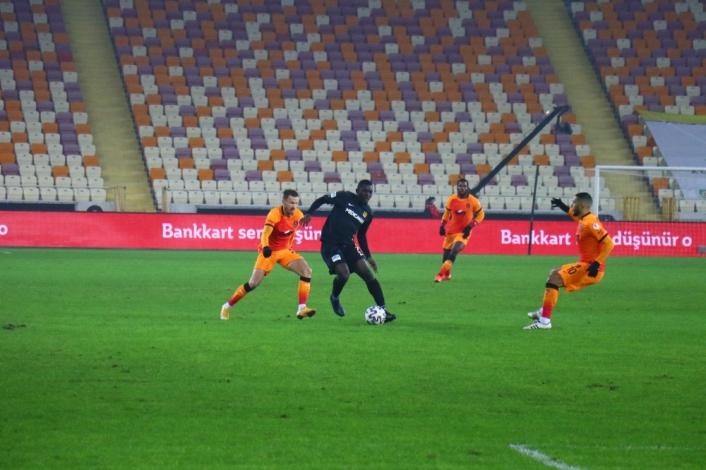 Ziraat Türkiye Kupası: Yeni Malatyaspor: 0 - Galatasaray: 0 (Maç devam ediyor)